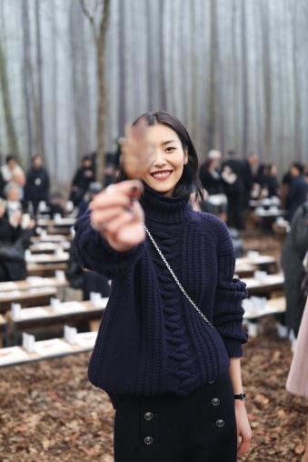 Liu Wen in Chanel Pre-Fall 2018-5