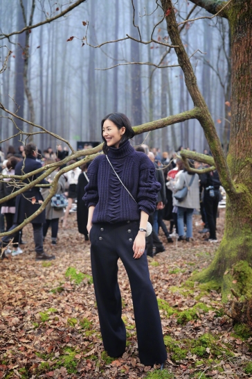 Liu Wen in Chanel Pre-Fall 2018-9