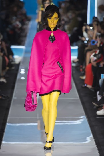 Moschino Fall 2018 Look 26