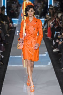 Moschino Fall 2018 Look 31