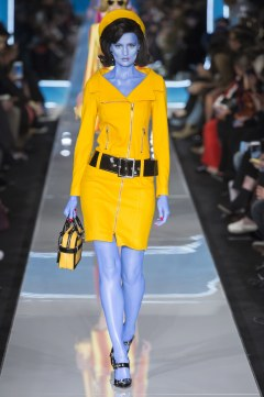 Moschino Fall 2018 Look 33