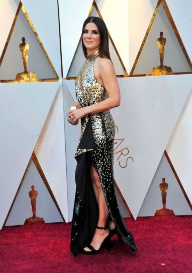 Sandra Bullock in Louis Vuitton-1