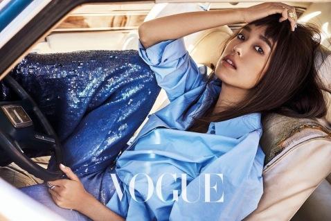 Annie Chen for Vogue Taiwan April 2018-1