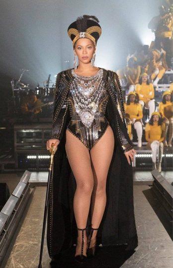 Beyonce in Balmain-3