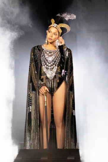 Beyonce in Balmain-4