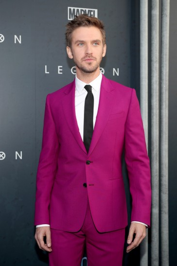 Dan Stevens in Paul Smith Spring 2018-5