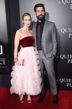 Emily Blunt in Oscar de la Renta Fall 2018-1