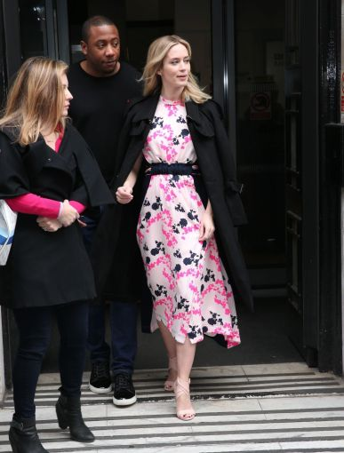 Emily Blunt in Tanya Taylor Fall 2018-3
