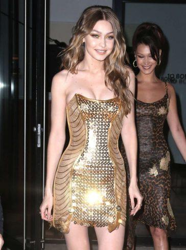 Gigi Hadid in Versace Fall 2012-4