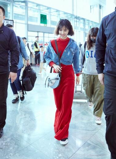 Jolin Tsai in Vetements Spring 2017-2