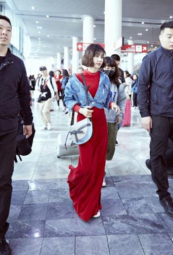 Jolin Tsai in Vetements Spring 2017-3