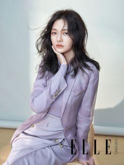S Barbie Hsu ELLE Taiwan April 2018-6