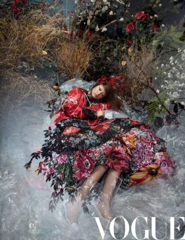 Sarah Grace for Vogue China May 2018-3