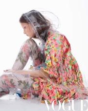 Sarah Grace for Vogue China May 2018-6