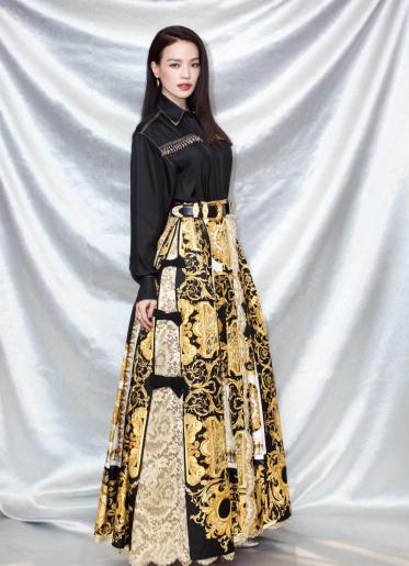 Shu Qi in Versace Spring 2018-1