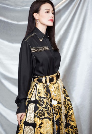 Shu Qi in Versace Spring 2018-3