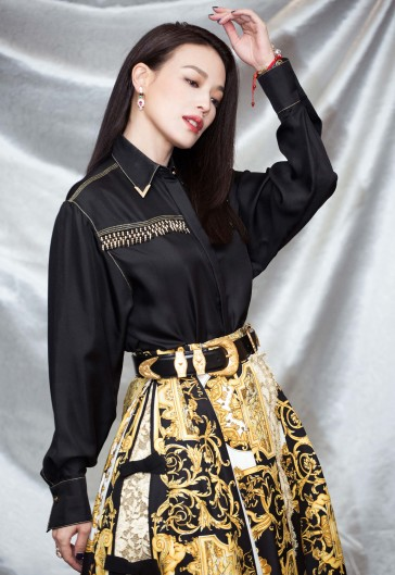 Shu Qi in Versace Spring 2018-4