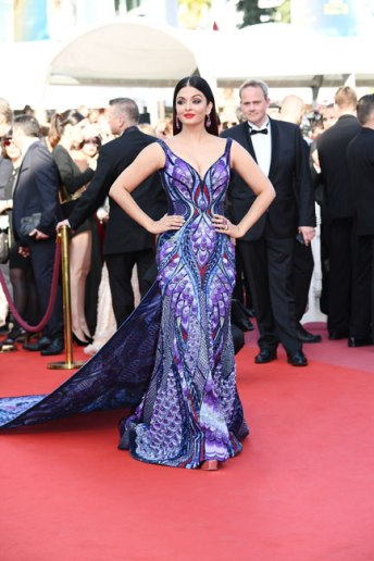 Aishwarya Rai in Michael Cinco Couture-3