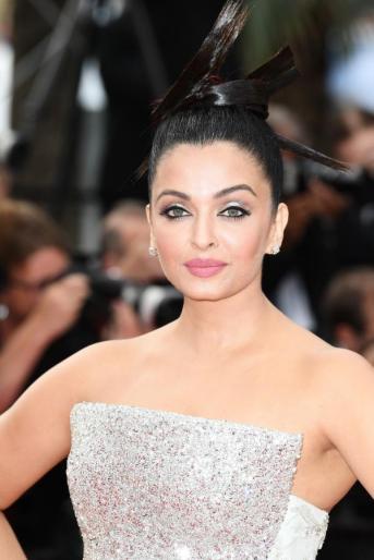 Aishwarya Rai in Rami Kadi Spring 2018 Couture-4
