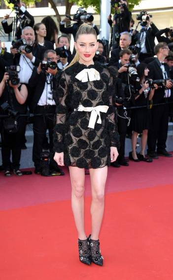 Amber Heard in Giambattista Valli Spring 2018 Couture-4
