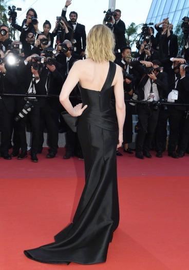 Cate Blanchett in Armani Prive-2