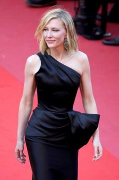 Cate Blanchett in Armani Prive-5