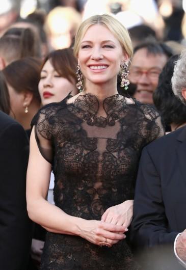 Cate Blanchett in Armani Prive Fall 2013-3