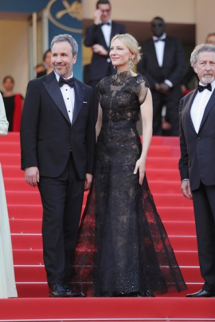 Cate Blanchett in Armani Prive Fall 2013-4