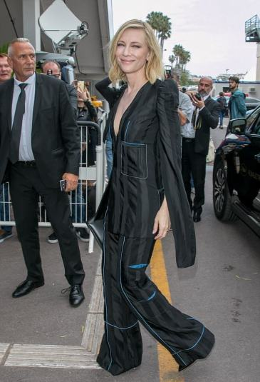 Cate Blanchett in Loewe Fall 2018-1