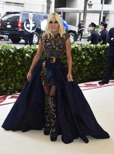 Donatella Versace in Atelier Versace-3