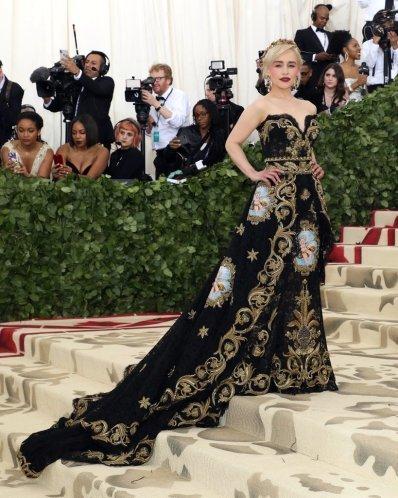 Emilia Clarke in Dolce & Gabbana-2