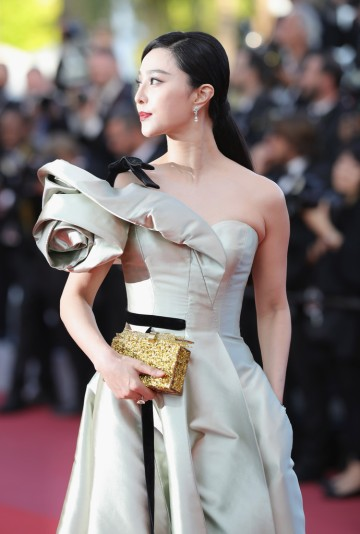 Fan Bingbing in Alexis Mabille Spring 2018 Couture-5