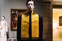 Heavenly Bodies-Fashion and the Catholic Imagination-21