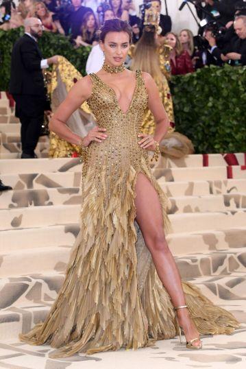 Irina Shayk in Versace-3