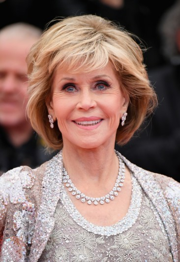 Jane Fonda in Valentino Spring 2018 Couture-5