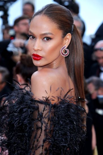 Joan Smalls in Roberto Cavalli Couture-2