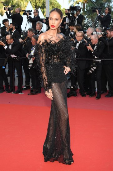 Joan Smalls in Roberto Cavalli Couture-4