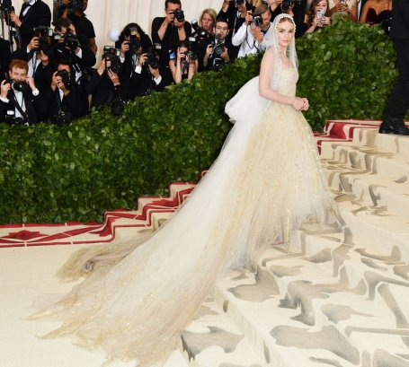 Kate Bosworth in Oscar de la Renta-1