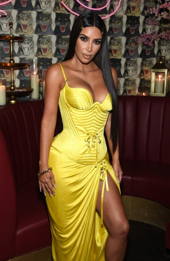Kim Kardashian in Versace Spring 1995-3