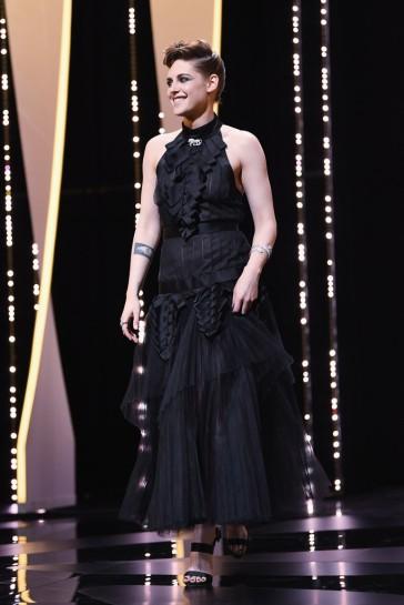 Kristen Stewart in Chanel Fall 2018-3