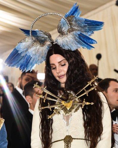 Lana Del Rey in Gucci-2