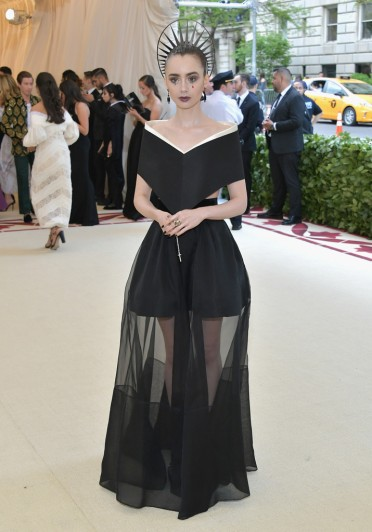 Lily Collins in Givenchy Spring 2018 Couture-2