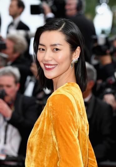 Liu Wen in Bottega Veneta Fall 2018-3