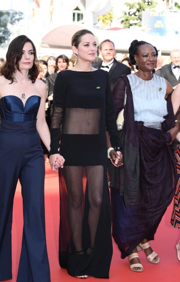 Marion Cotillard in Guy Laroche Spring 2018