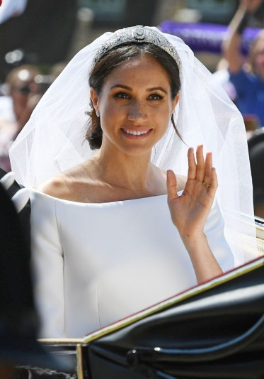 Meghan in Givenchy Wedding Dress-3