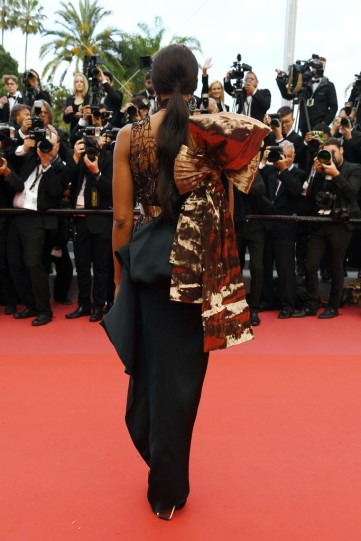 Naomi Campbell in Poiret Fall 2018-2