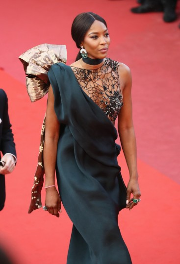 Naomi Campbell in Poiret Fall 2018-4