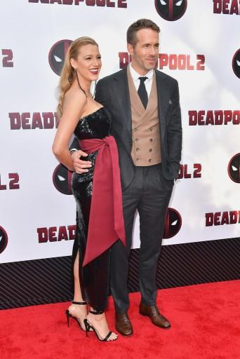 Ryan Reynolds in Brunello Cucinelli & Blake Lively inBrandon Maxwell Resort 2019-1