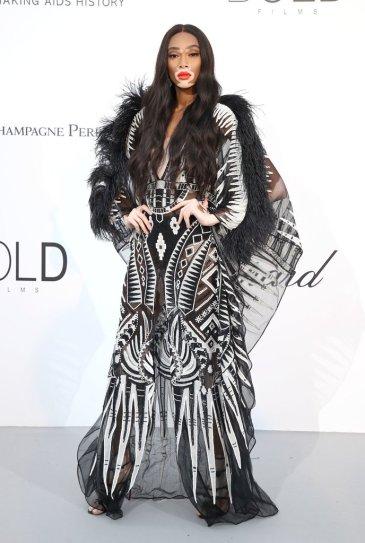 Winnie Harlow in Zuhaie Murad Spring 2018 Couture-1
