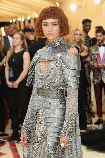 Zendaya in Versace-4